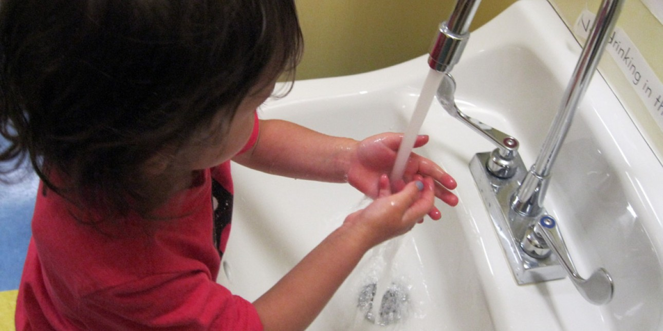 PIC Toddler washing hands